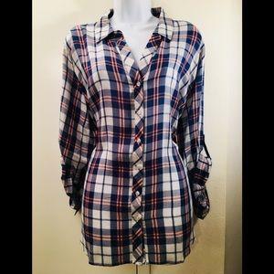 Tops - Super soft flannel shirt.